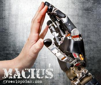 Maciuś, czyli przyjaźń człowieka z robotem